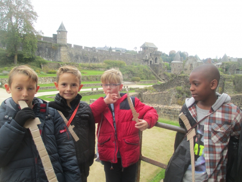 Finn, Harvey, Ryan and Aaron - relaxing before climbing 100 steps to the top of the tower.
