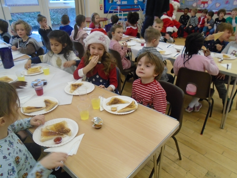England Christmas Dinner.Year 1 Breakfast With Santa And Christmas Dinner Ashton St